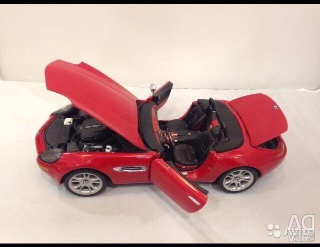 BMW Z8 1:18