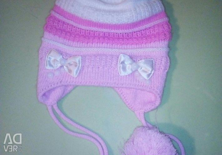 Caps for girls