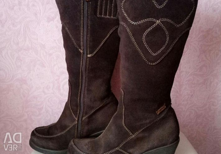 Boots Nat. suede p. 36