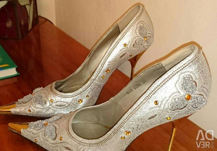 Shoes size 38-39
