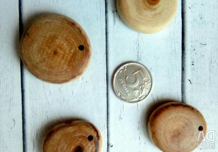 Sculptate cu panglici de margele de ienupăr
