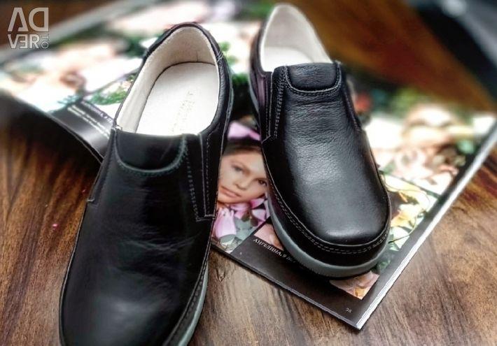 Παπούτσια 37 40 μεγέθη νέο δέρμα