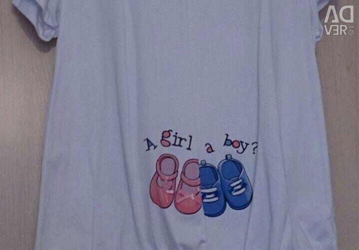 T-shirt for pregnant women,