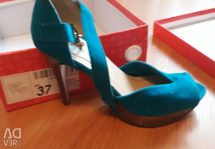 Sandals for women, size 37