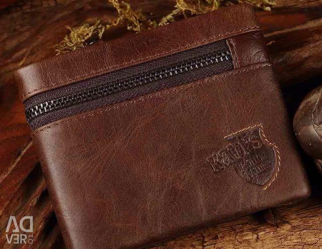 Αυτό το πορτοφόλι είναι πραγματικό δέρμα!