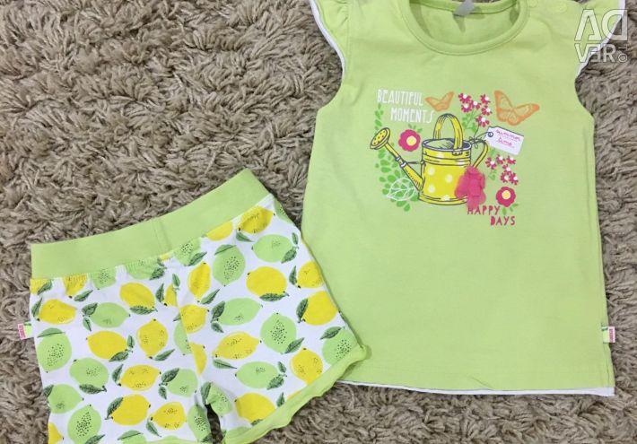 Summer suit / T-shirt / shorts