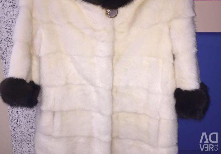 Белая Норковая шуба с соболем