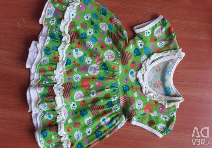 Rochii pentru fete de la 3 luni la 1 an