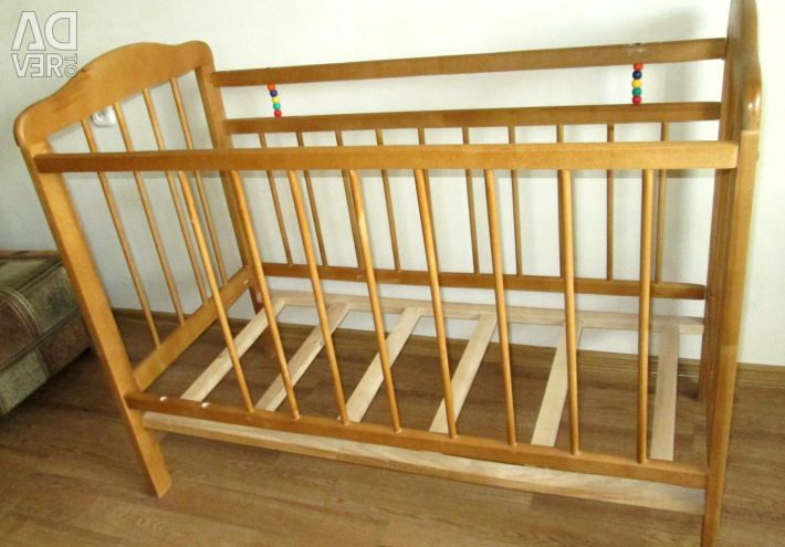 Παιδικό κρεβάτι χωρίς εκκρεμές και διακοσμητικά