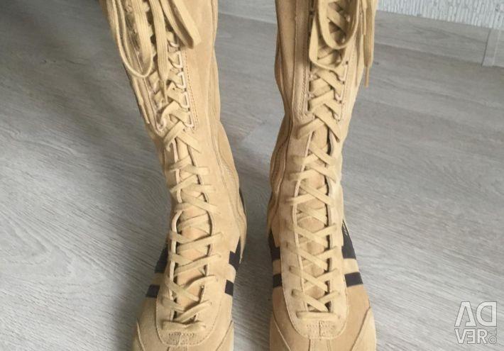 Cola cizme