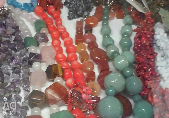 Χάντρες από φυσική πέτρα