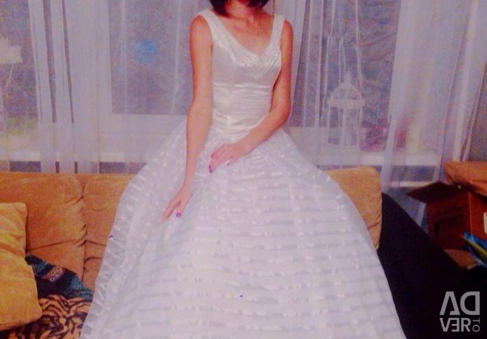 2 Wedding Dresses