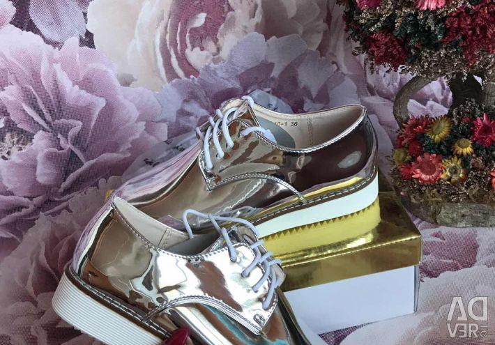 Shoes shiny new!