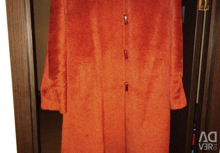Coat, on, lady,