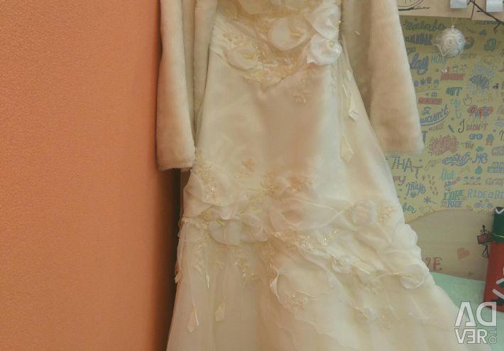 Весільна сукня + шубка