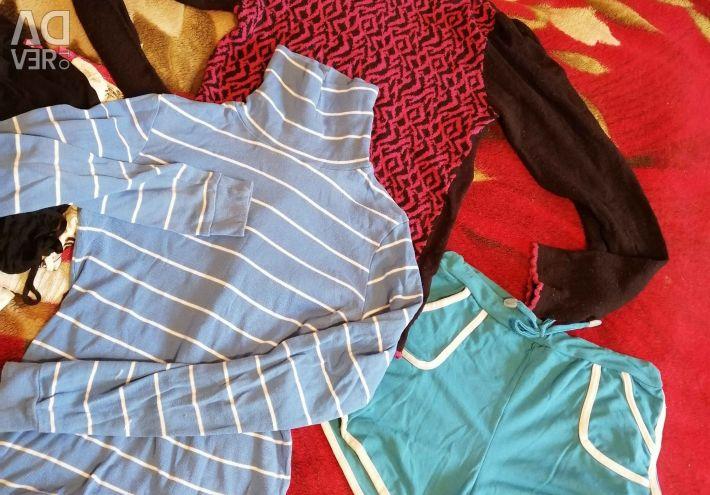 Ρούχα για ένα κορίτσι 152 / 158εκ. Για 99 ρούβλια.