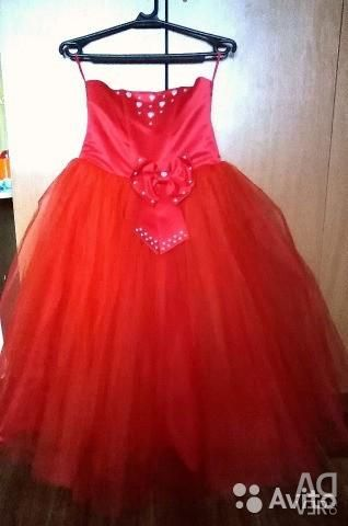 Ball gowns hire