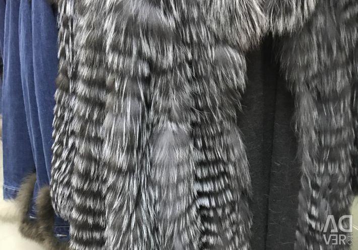Ασημένια παλτά αλεπού
