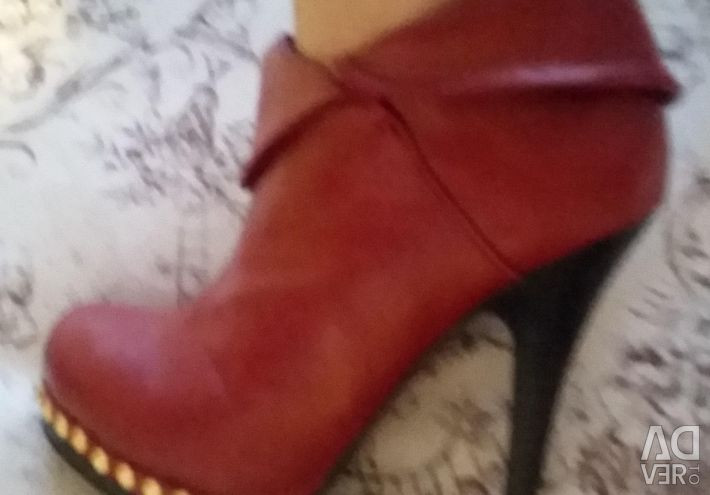 Boots ankle boots for women. new