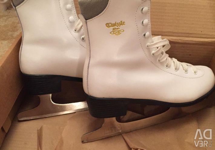 Female skates