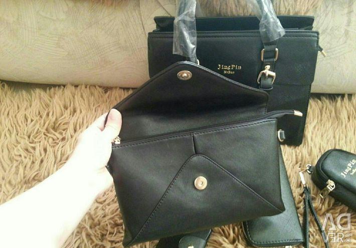 Büyük ve küçük çantalar