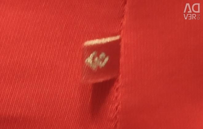 Top red xs