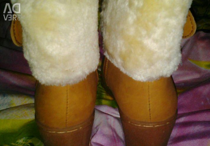 Μισό μπότες για το χειμώνα