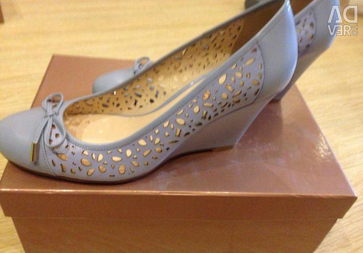 Παπούτσια Carlo Pazolini