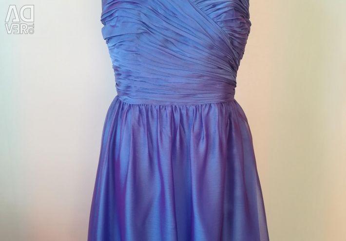 Вечірні сукні 44-46