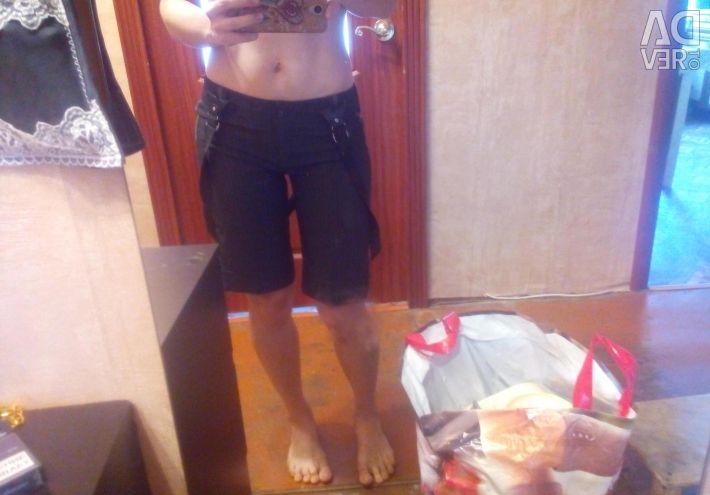 Классические шорты с подтяжками