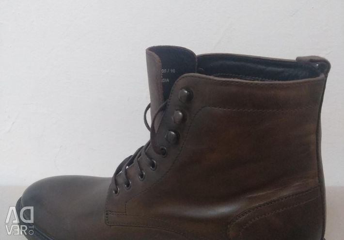 Boots (new original)