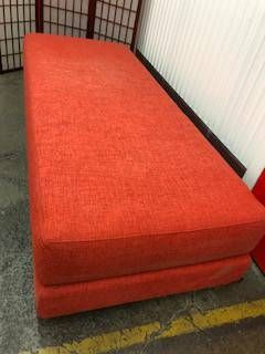 SOFA / OTTOMAN ORANGE, NEW