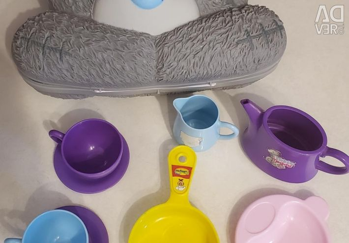 Suitcase, children's dishes, toys