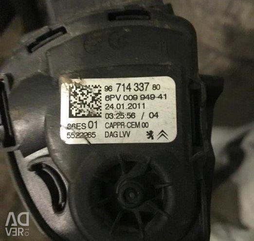 Gaz pedalı 308 I 2007-2015; 207 2006-2013; C4 II 2011>; DS3 2009-2015; C3 2009-2016; 208 2012>; 408 2012>