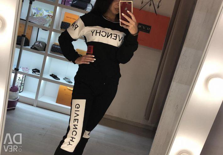 Спортивний костюм Givenchy