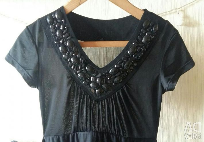 Blouse for women stretch with rhinestones.