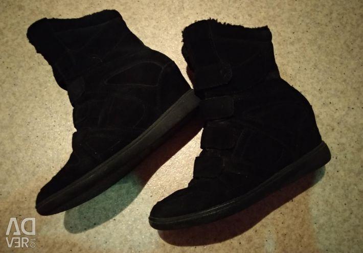 Kışlık spor ayakkabı 39-40