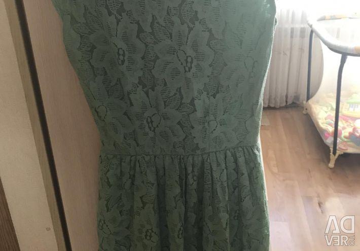 Τυρκουάζ τράβηγμα φόρεμα φέρουν