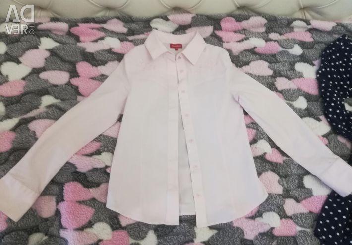 A shirt for the girl 130-140. DKZH
