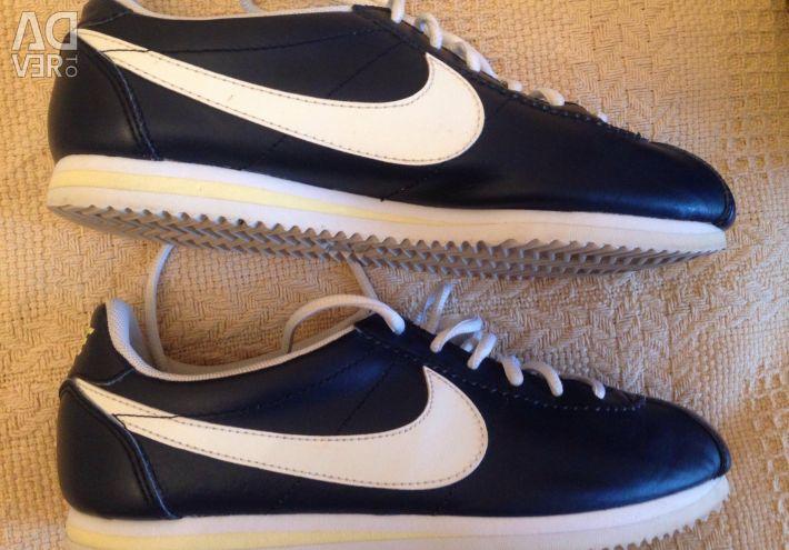 Δερμάτινα πάνινα παπούτσια Nike 37p.