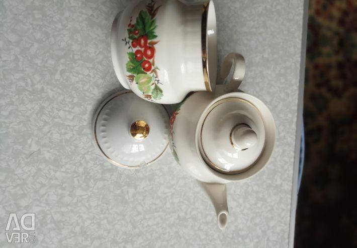 Sugar bowls and teapots USSR