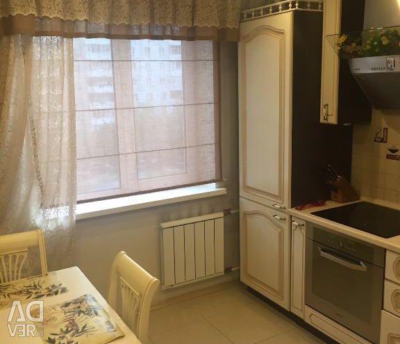 Apartment, 4 rooms, 85 m²