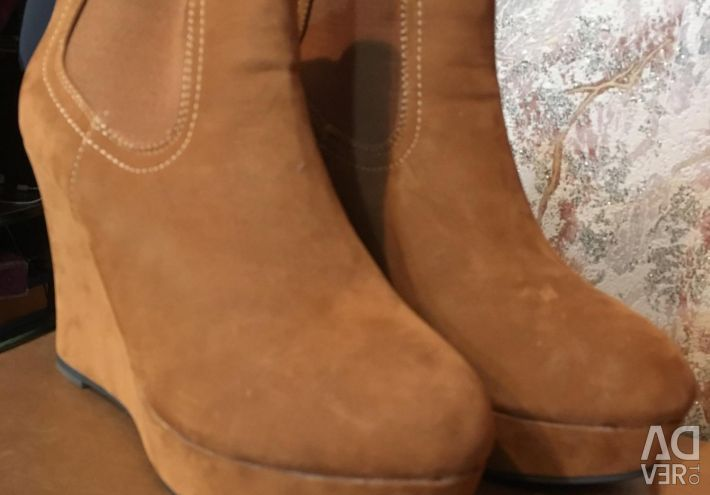 Ankle boots new 40