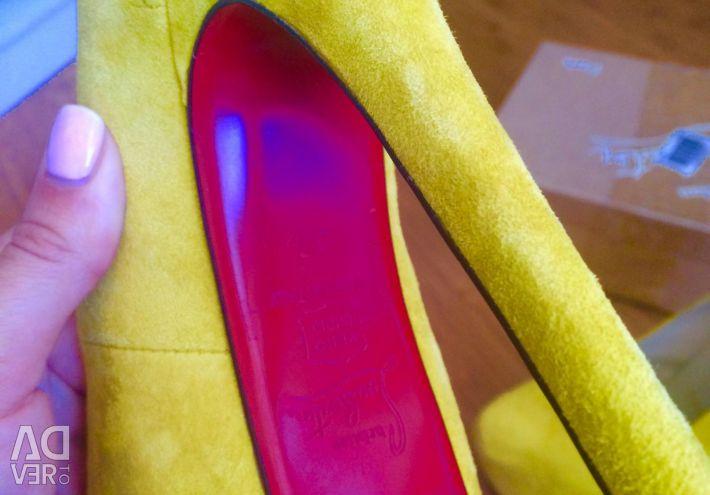 New shoes Christian Louboutin