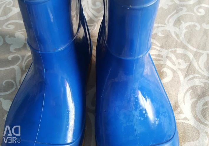 Rubber boots with stockings