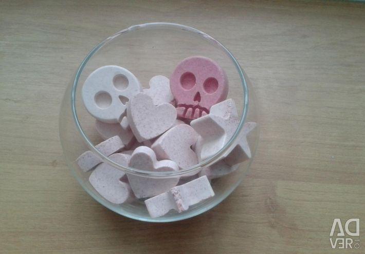 Gypsum figurines for interior decoration