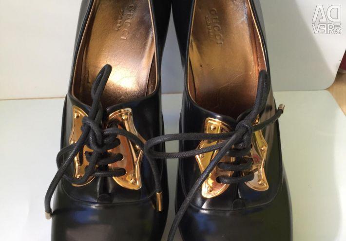 Pantofi CUCCI