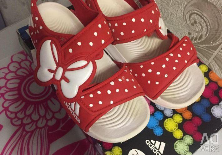 Σανδάλια της Adidas
