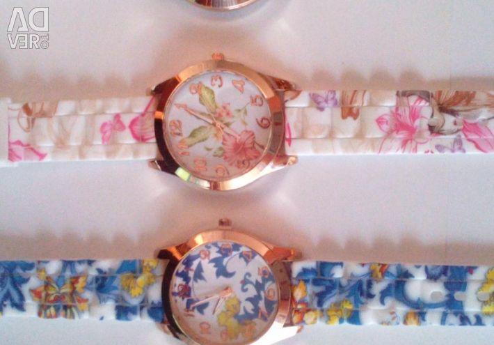 Γυναικεία ρολόγια στο λουράκι σιλικόνης