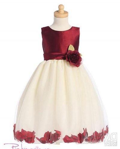 Rochia este elegantă, din SUA. 3-5 ani